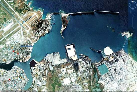 """Résultat de recherche d'images pour """"le port de brindisi"""""""